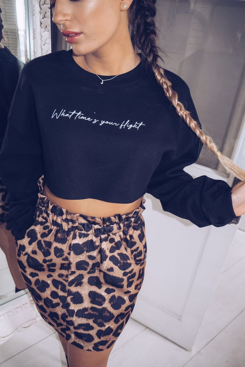 DANI DYER BLACK WHAT TIMES YOUR FLIGHT? SLOGAN CROPPED LOUNGE SWEATER