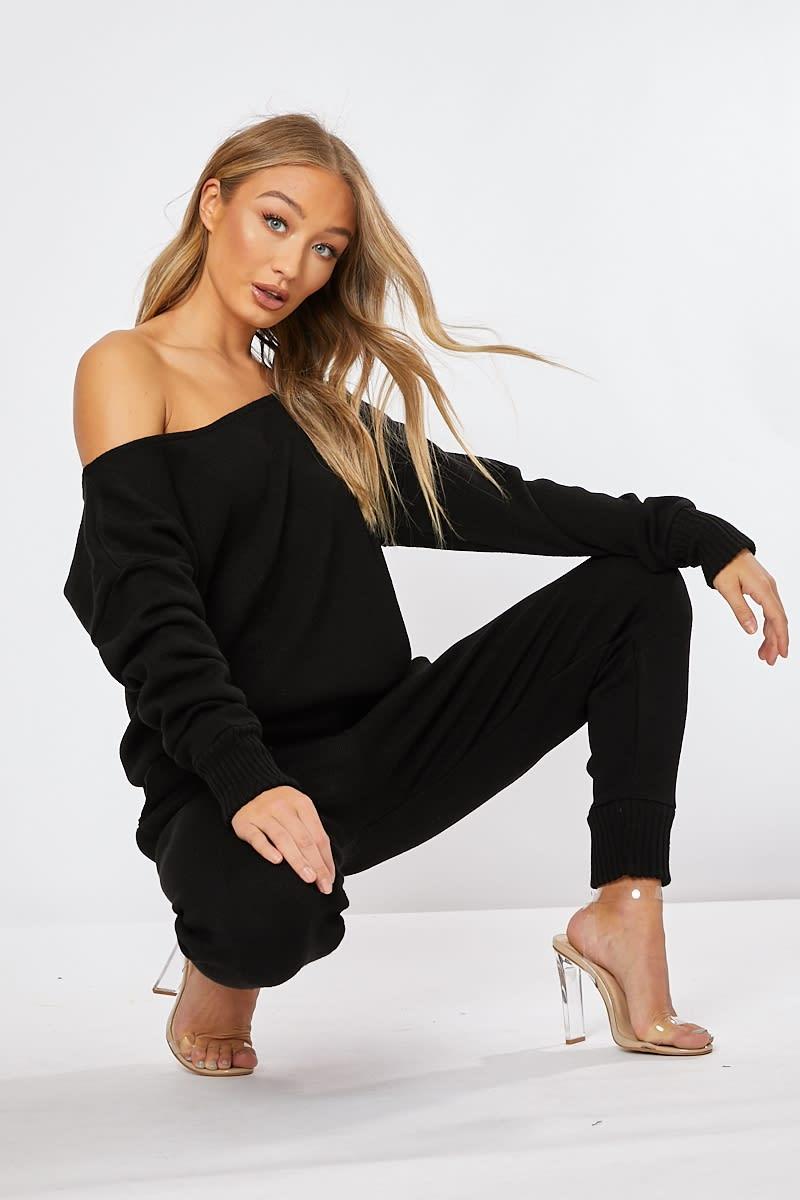 black knitted co-ord loungewear set