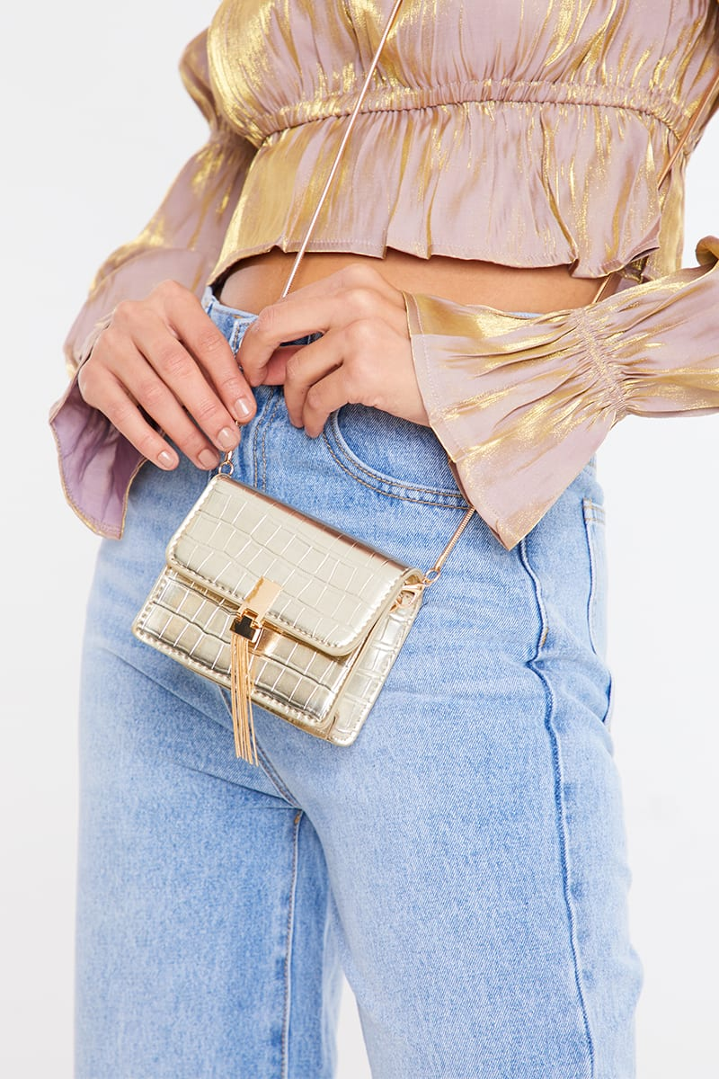 GOLD CROC WITH CHAIN BAG