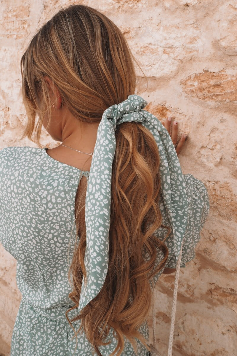 DANI DYER SAGE GREEN ANIMAL PRINT SCRUNCHIE HAIR TIE