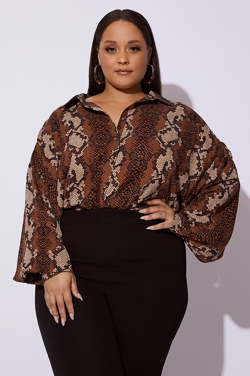 fda767ed Curve Dani Dyer Brown Snake Print Oversized Shirt | In The Style