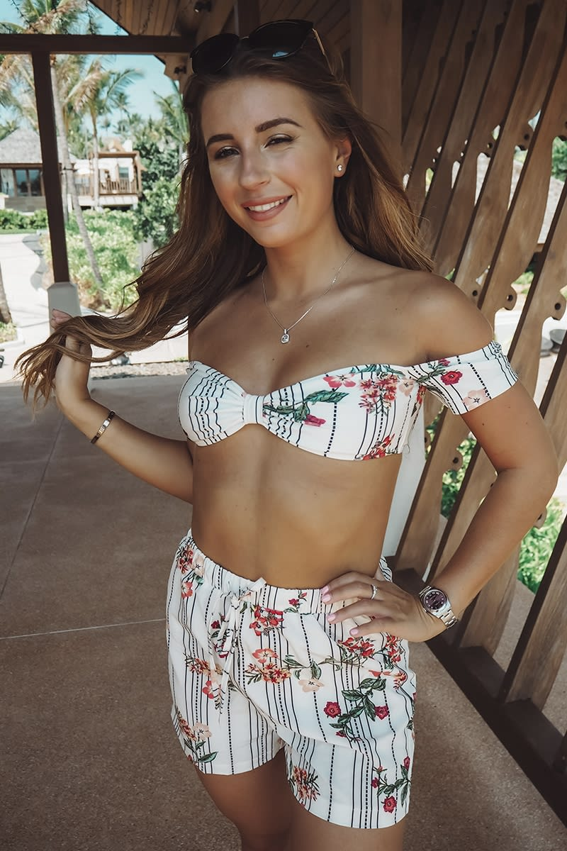 86bca84df Dani Dyer White Floral Stripe Shorts   In The Style