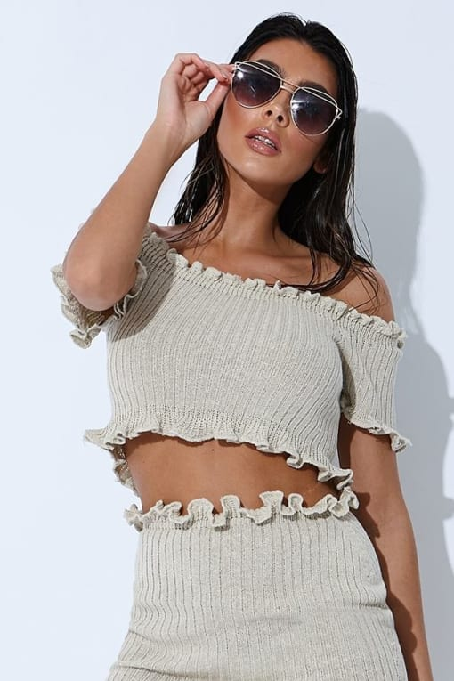 SARAH ASHCROFT STONE RIBBED RUFFLE SHORT SLEEVED BARDOT CROP TOP