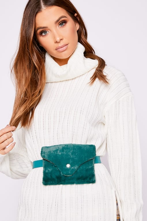GREEN VELVET BELT BAG