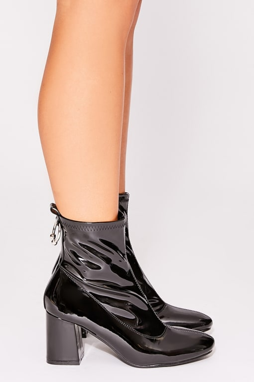 OATILE BLACK PATENT LEATHER ANKLE BOOTS