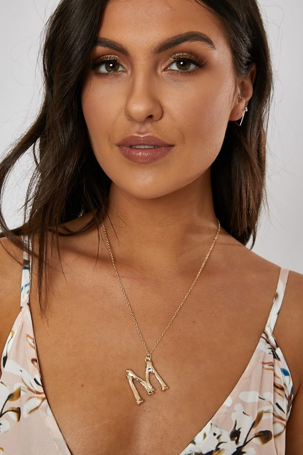 GOLD M INITIAL NECKLACE
