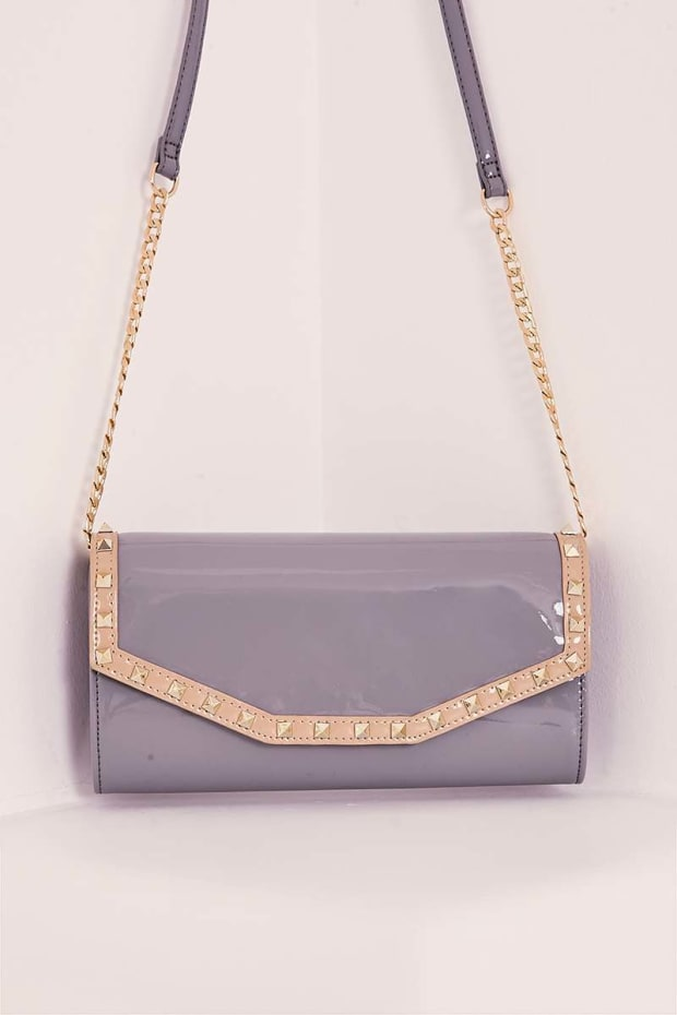 GREY PATENT STUDDED CLUTCH BAG