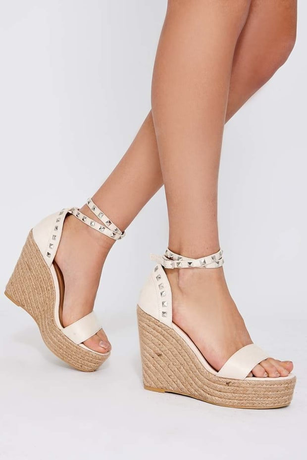 AXELLE CREAM FAUX SUEDE STUDDED WEDGES
