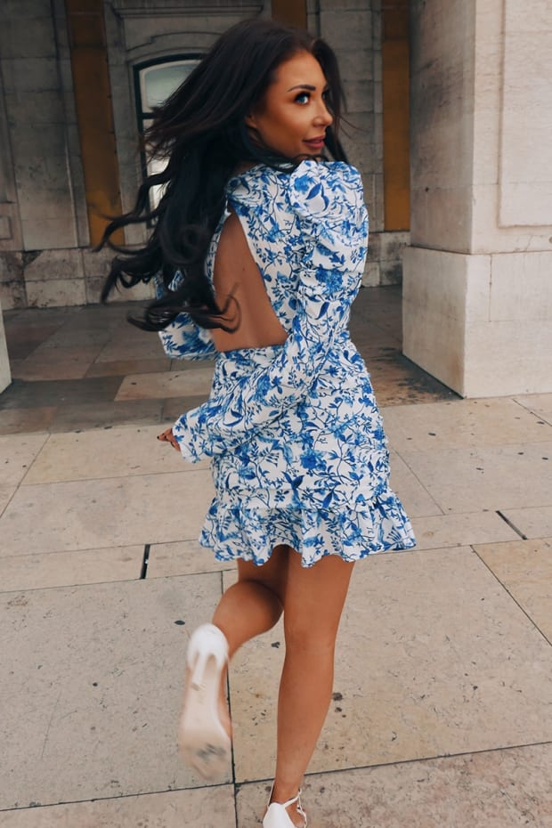 LORNA LUXE 'PRACTICALLY PERFECT' PORCELAIN BLUE MINI DRESS