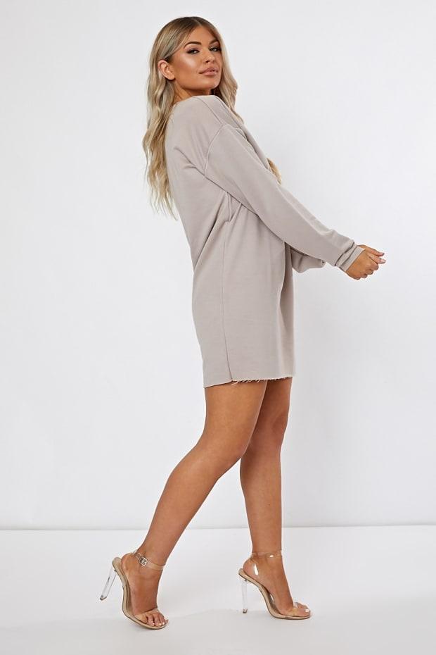 03465a6072d LOUNA STONE OVERSIZED SWEATER DRESS. Play Hide