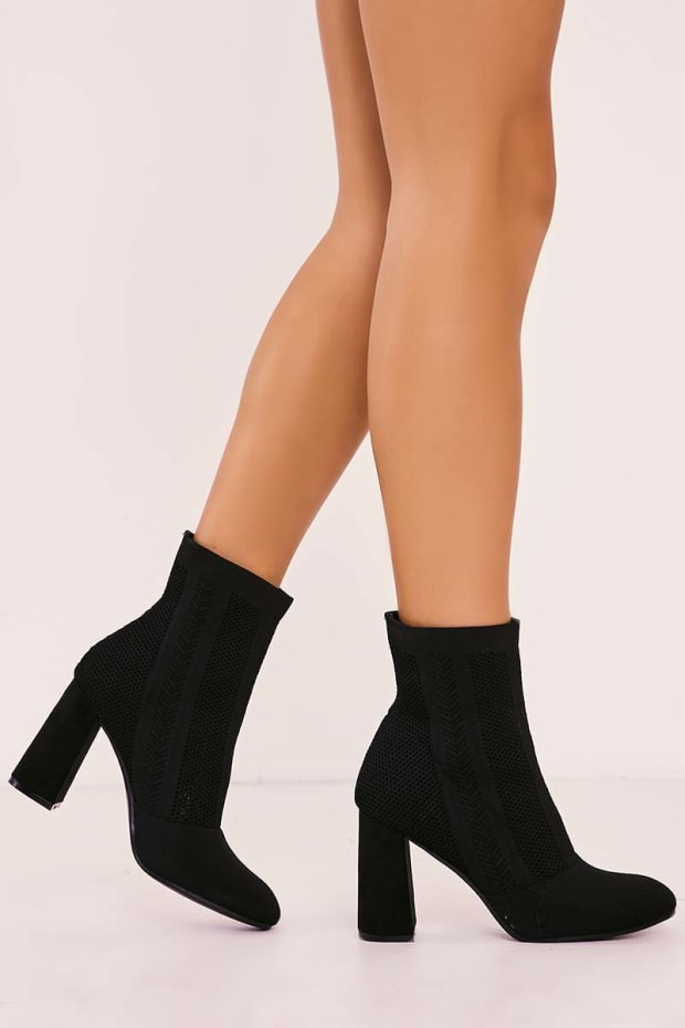 VEOLA BLACK KNITTED BLOCK HEEL BOOTS