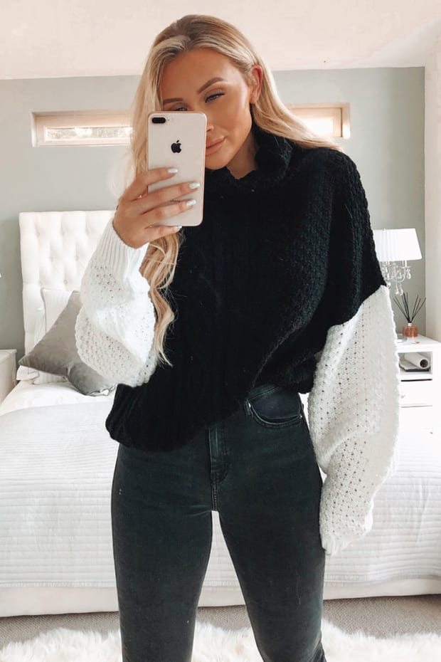 SARAH ASHCROFT BLACK AND WHITE CABLE KNIT JUMPER
