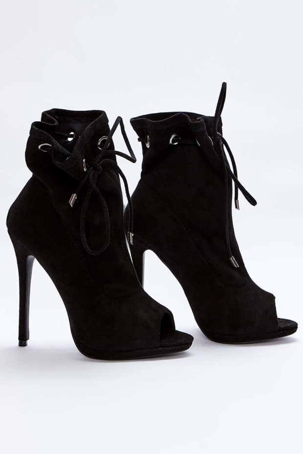 SARAH ASHCROFT BLACK FAUX SUEDE PAPERBAG PEEPTOE ANKLE BOOTS