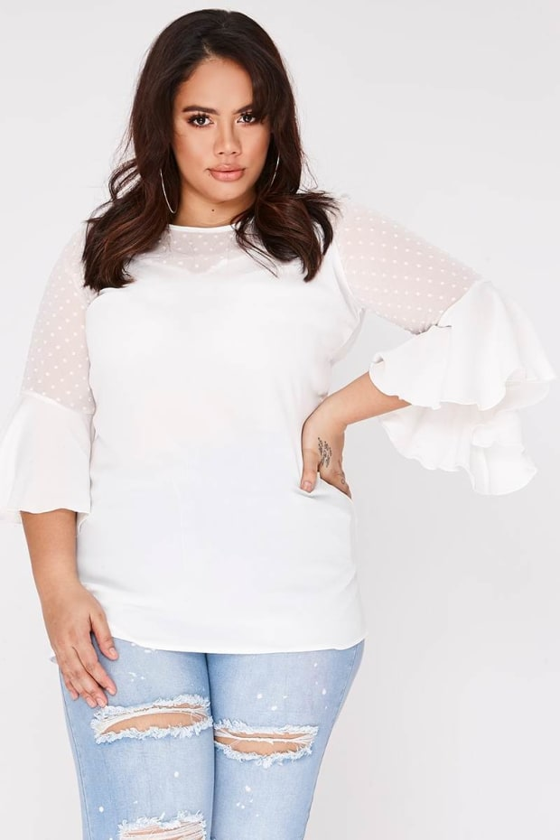 CURVE JAYLAN WHITE FLARE SLEEVE LONGLINE TOP